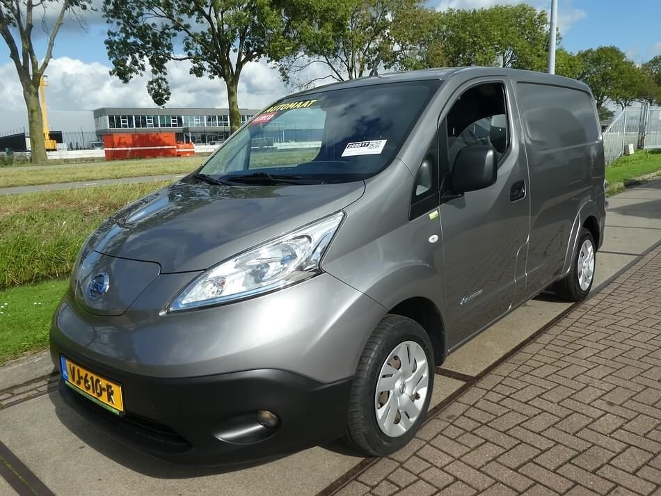 NISSAN nv 200 ELECTRIC business automaat Kastenwagen